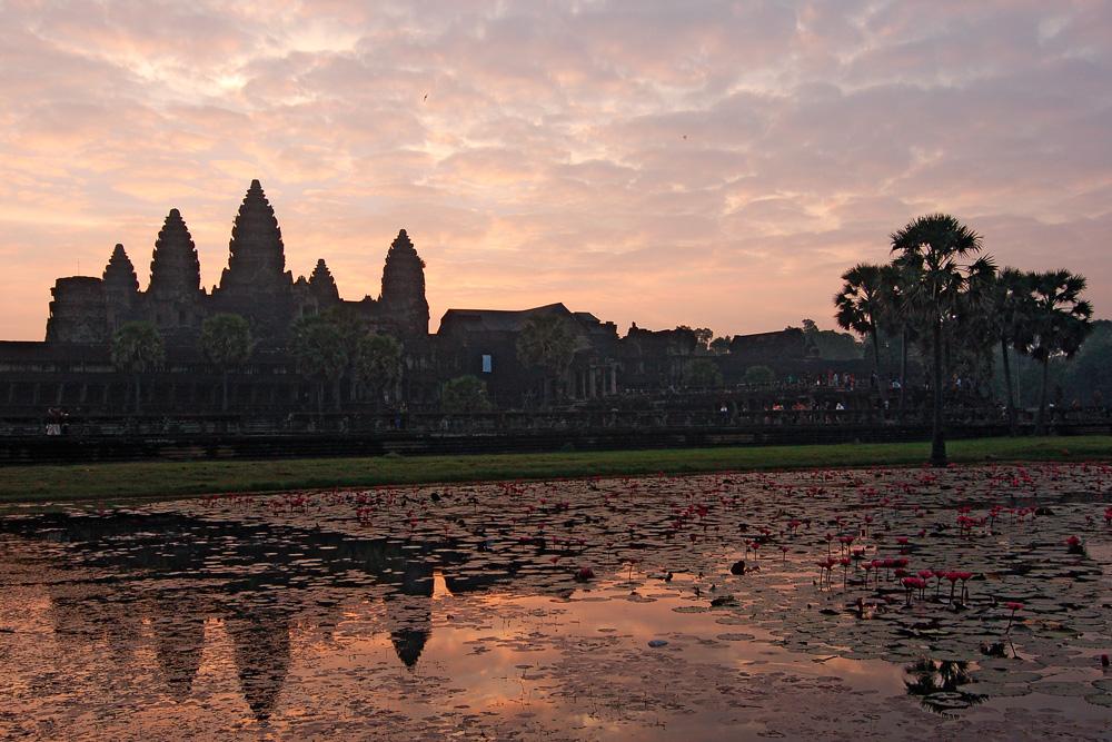 Рассвет возле храма Ангкор Ват (Камбоджа). декабрь 2013 г.