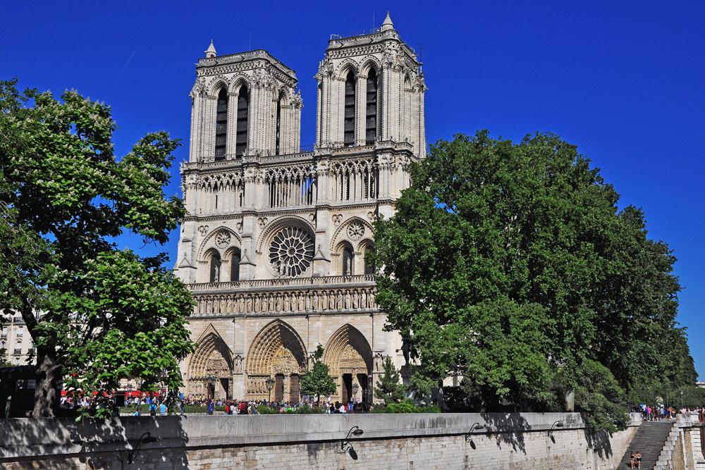 собор Норт Дам де Пари. Париж