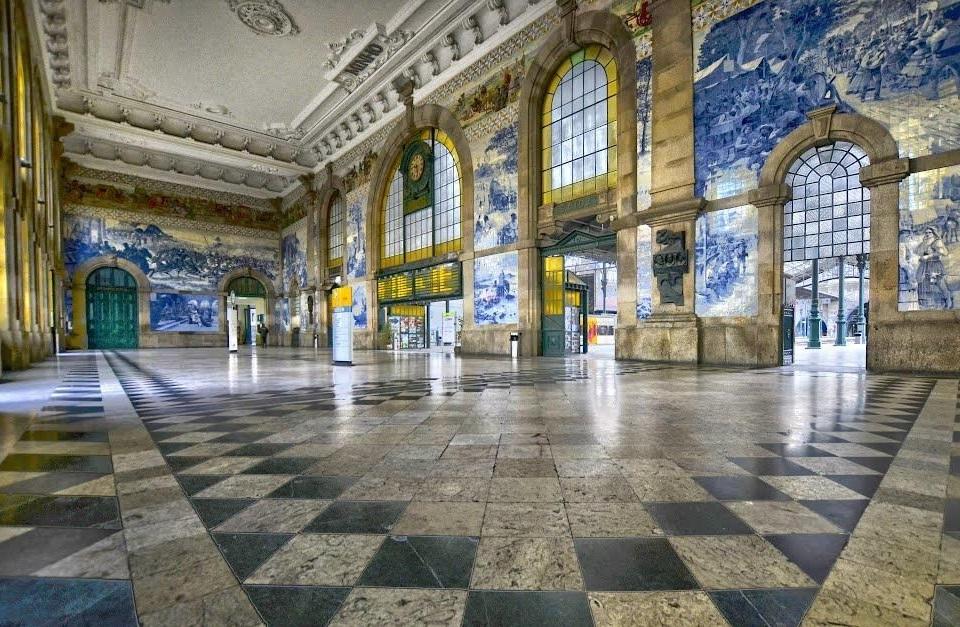 Вокзал Сан Бенту, ну чем не музей!