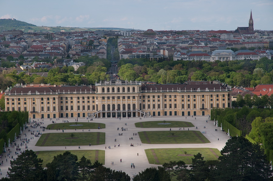 Вид на Вену с парка Шенбрунн