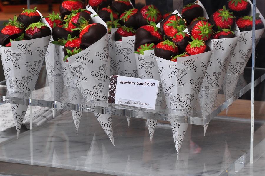 наш десерт на Гранд Плас