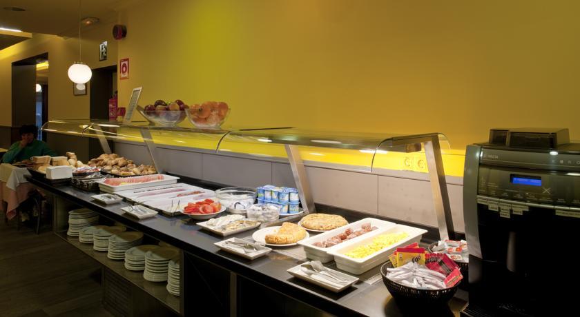 Завтрак в отеле Moderno
