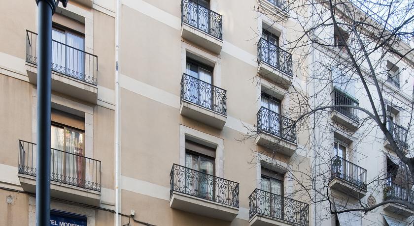 отель Moderno в центре Барселоны