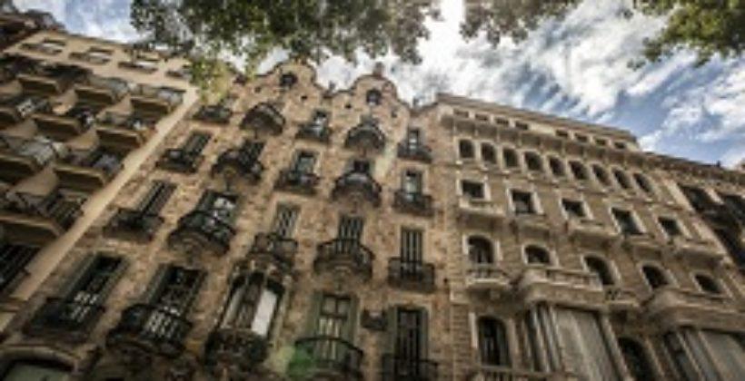 Дом Кальвет – жилой дом, словно из сказки