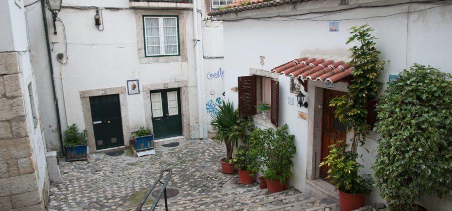 Алфама — атмосферный район Лиссабона
